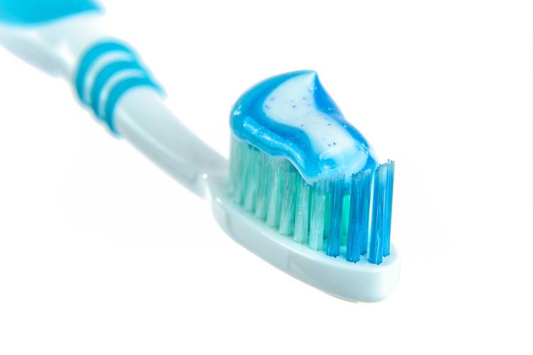 escova flúor