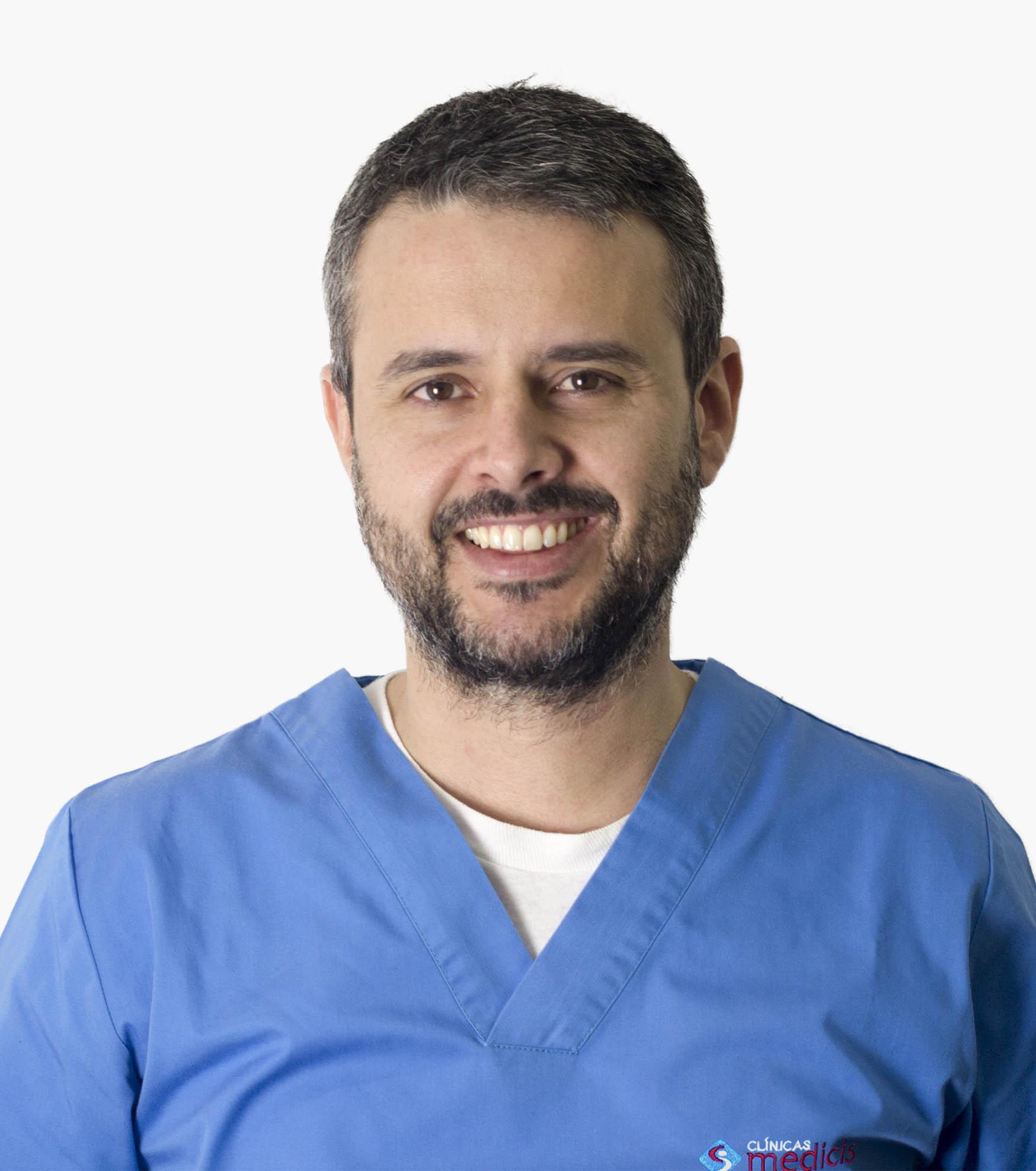 Dr Francisco Gil Médico Dentista da Equipa Medicis Dental
